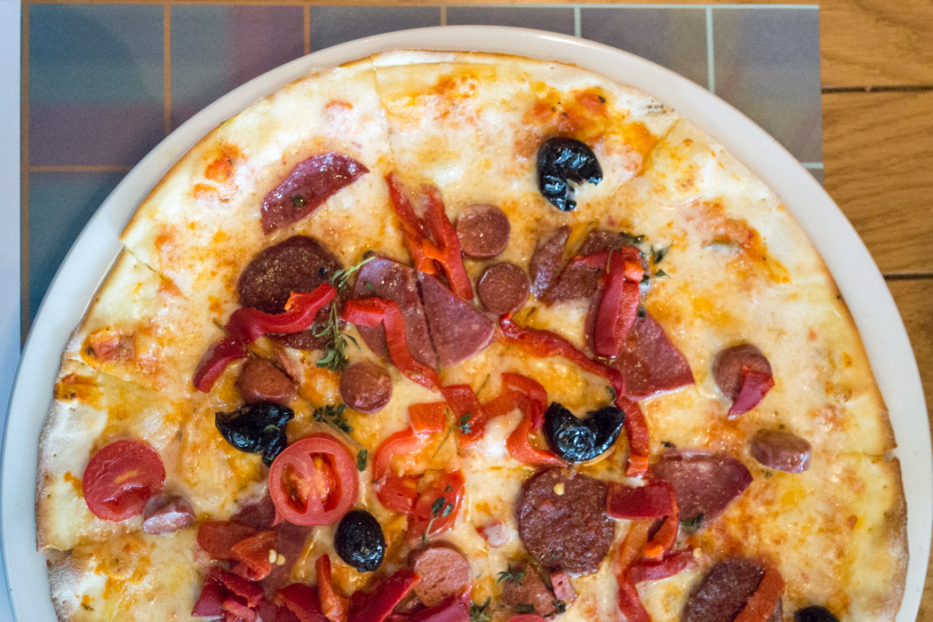 Midpoint Combo Pizza